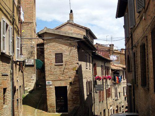 Urbino02