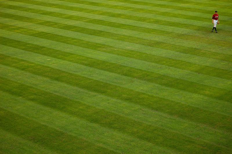Centerfieldlone02